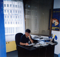 Zoran Đinđić u sedištu stranke, Beograd 1993. godina
